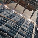Corte de chapas de aço a plasma